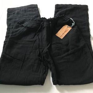 Chor drawstring pants NWT size medium.